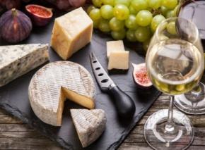 Käse und Wein: So gelingt die perfekte Kombi
