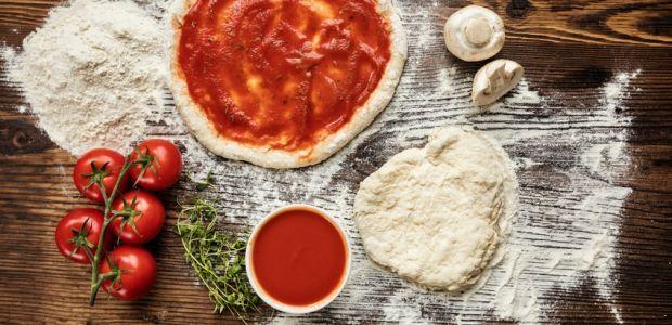 Perfekter Genuss: Tomatensoße für Pizza selber machen