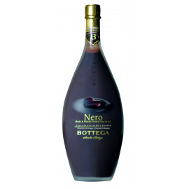 Liquore al cioccolato nero